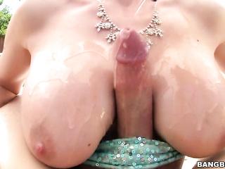 nice tittyfuck