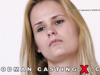 young blonde casting