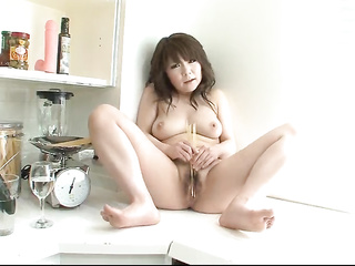 food insertion