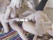 lesbian hot blonde teen