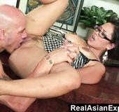 Hardcore asian girlfriend blowjob