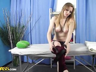 tight big tit babe