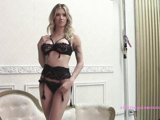 perfect body stunning blonde