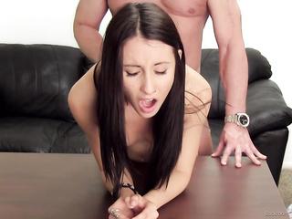 agent enjoys hot brunette