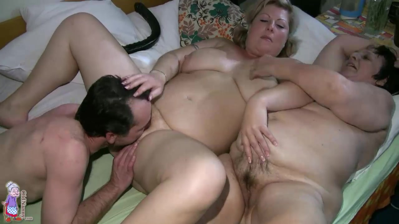 Homemade Big Tits Threesome