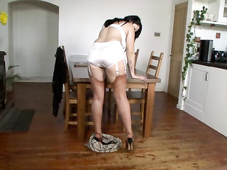 sexy legs horny heels