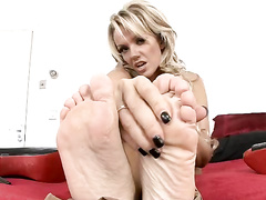 blonde, feet, fetish, nylon, pantyhose