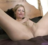 Blonde pantyhose masturbation