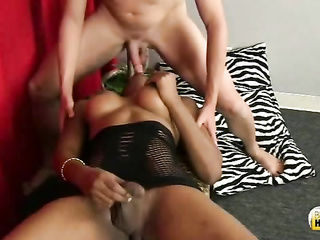 hot shemale blowjob